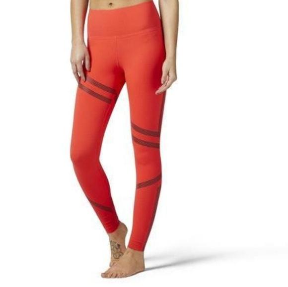 7f5173c14e NWT Reebok Linear High Rise leggings tights Small